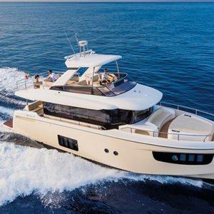 mistral plaisance ABSOLUTE NAVETTA 52 entretien bateaux lavandou