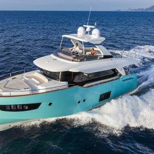 mistral plaisance ABSOLUTE NAVETTA 58 entretien bateaux lavandou