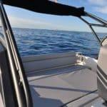 Photographie de la banquette arrière du bateau BWA modèle Premium 30